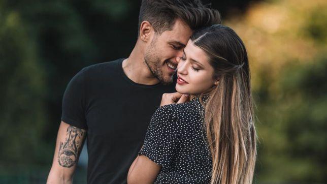 Uomini e Donne: Andrea Zelletta regala l'anello di fidanzamento a Natalia Paragoni