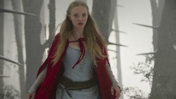 Cappuccetto rosso sangue: il film con Amanda Seyfried stasera su 20