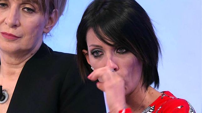 Galleria foto - Uomini e Donne, Trono Over in onda oggi: Valentina Autiero in lacrime Foto 1