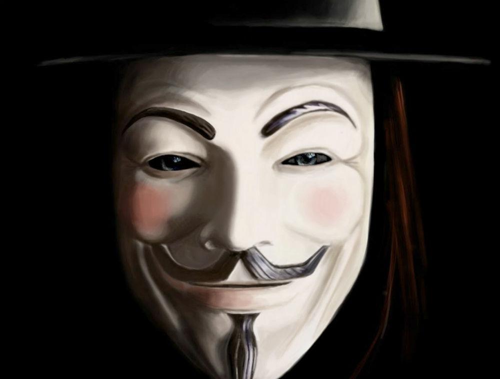 V per Vendetta: il film con Natalie Portman e Hugo Weaving stasera su 20