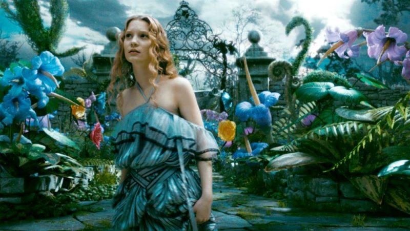 Galleria foto - Alice in Wonderland: il film di Tim Burton stasera su Italia 1 Foto 1