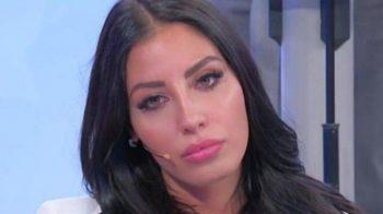"""Uomini e Donne, l'intervista a Marianna Vertola: """"I baci con Carlo sono pieni di passione"""""""