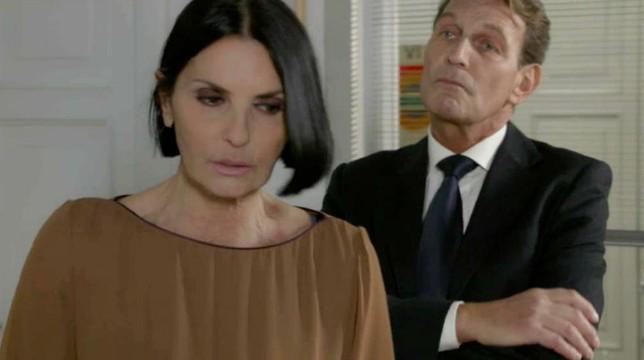 Galleria foto - Un Posto al Sole Anticipazioni del 27 marzo 2020: Marina provoca l'assassino di Rosato! Foto 1