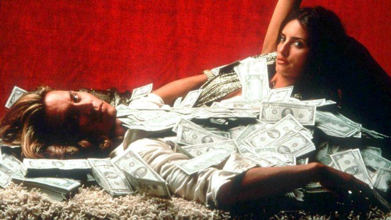 Galleria foto - Blow: il film con Johnny Depp e Penelope Cruz stasera su Iris Foto 1