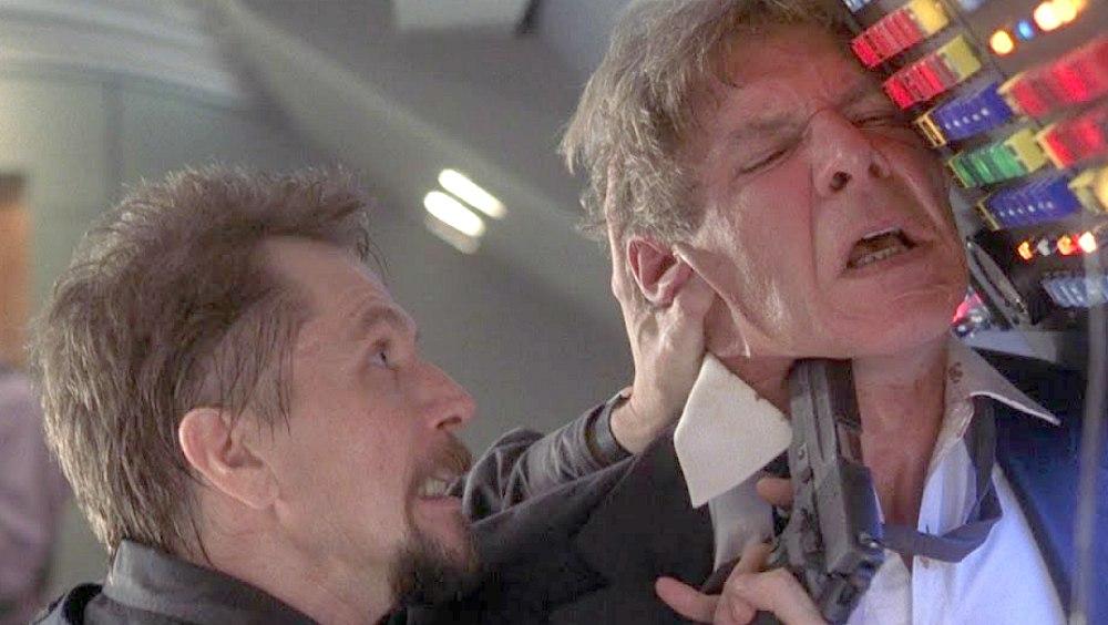 Air Force One: il film con Harrison Ford e Gary Oldman stasera su Rai 3