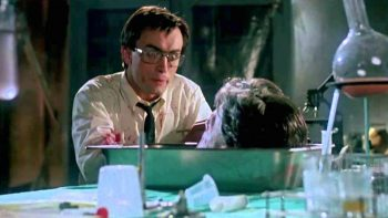 Re-Animator, il cult horror di Stuart Gordon sbarca finalmente in Blu-ray