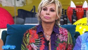"""Grande Fratello Vip, le scuse di Carmen Russo a Katia Ricciarelli: """"Vorrei davvero voltare pagina"""""""